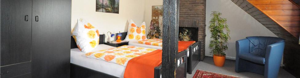 willkommen ihre pension galerie in bremen neustadt und ferienwohnungen in schweden freuen sich. Black Bedroom Furniture Sets. Home Design Ideas